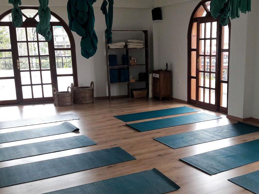 Indriya Yoga Στρώματα